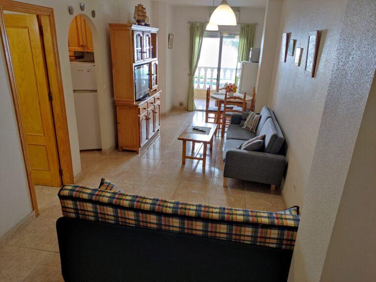 RV0220VC : Отличная квартира в 900 метрах от моря в Торревьехе